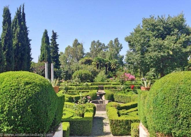 Al Andaluz Gardens in Granada Province (19)
