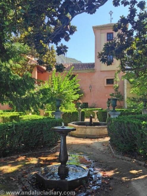 Al Andaluz Gardens in Granada Province (20)