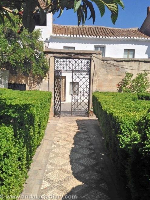 Al Andaluz Gardens in Granada Province (7)