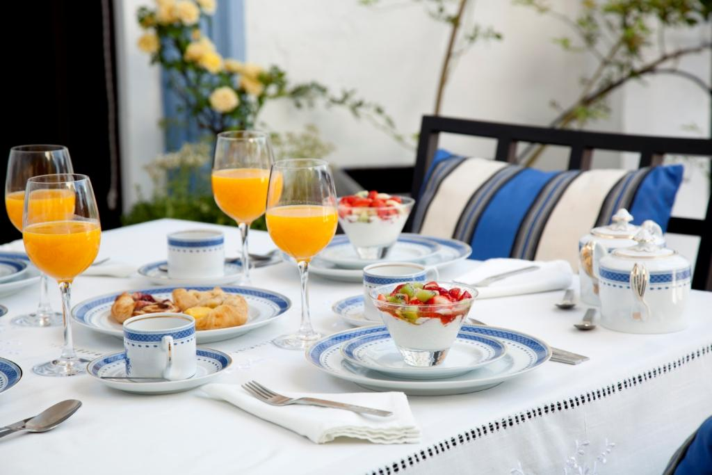 Noble yet welcoming luxury in aracena huelva andalucia for Breakfast terrace
