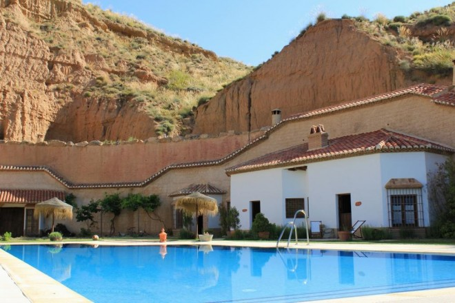 Holiday Rental Cave Cottages Guadix www.cuevasalmagruz.com
