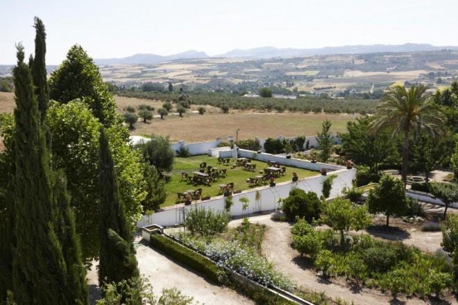 Jardín Hotel Molino del Arco. Vista