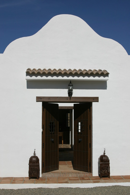 Cortijo de las Nieves, Guaro, entrance