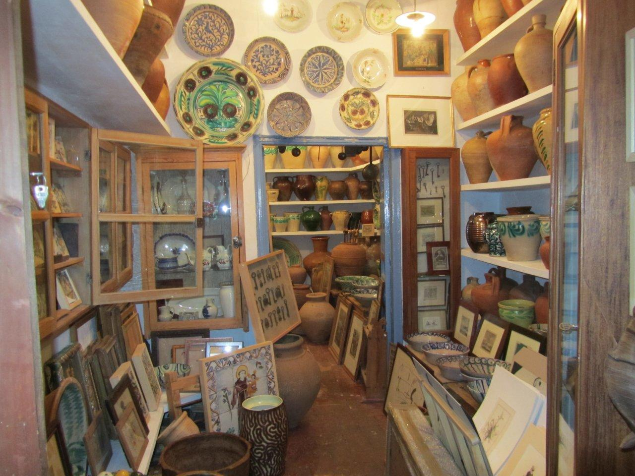 Populart shop of ceramics and tiles in Seville