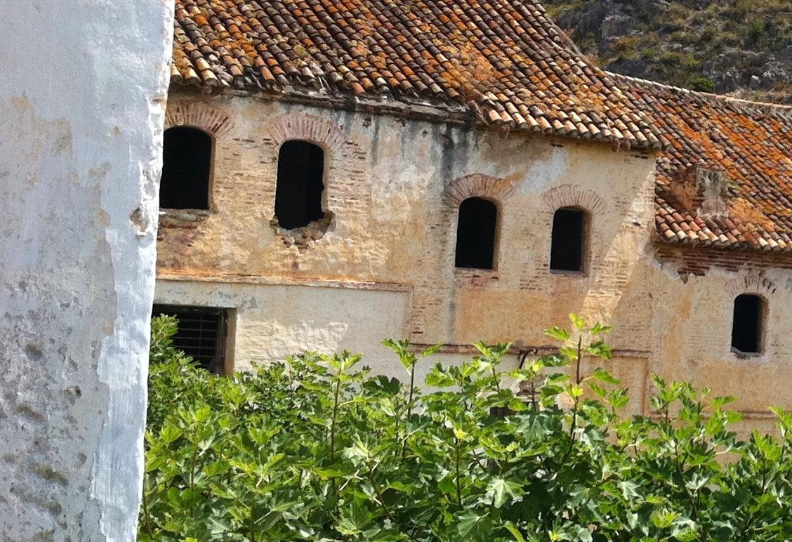Old paper mill_playa_del_molino_de_papel_maro_nerja