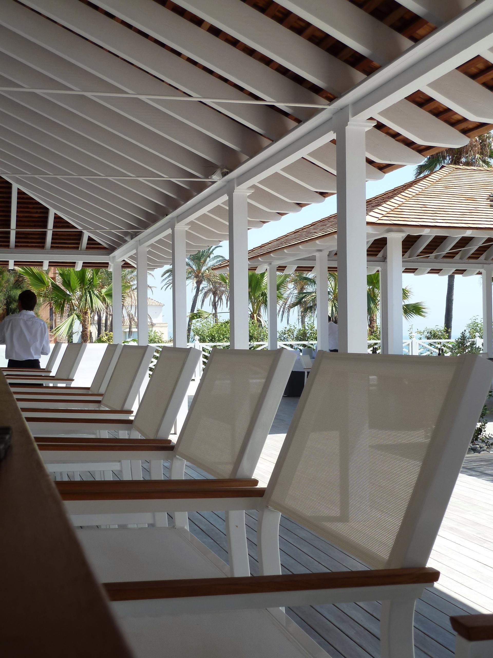 Bar_Beach_Club_Finca_Cortesin_Bahia_Casares_copyright_www.andrewforbes.com