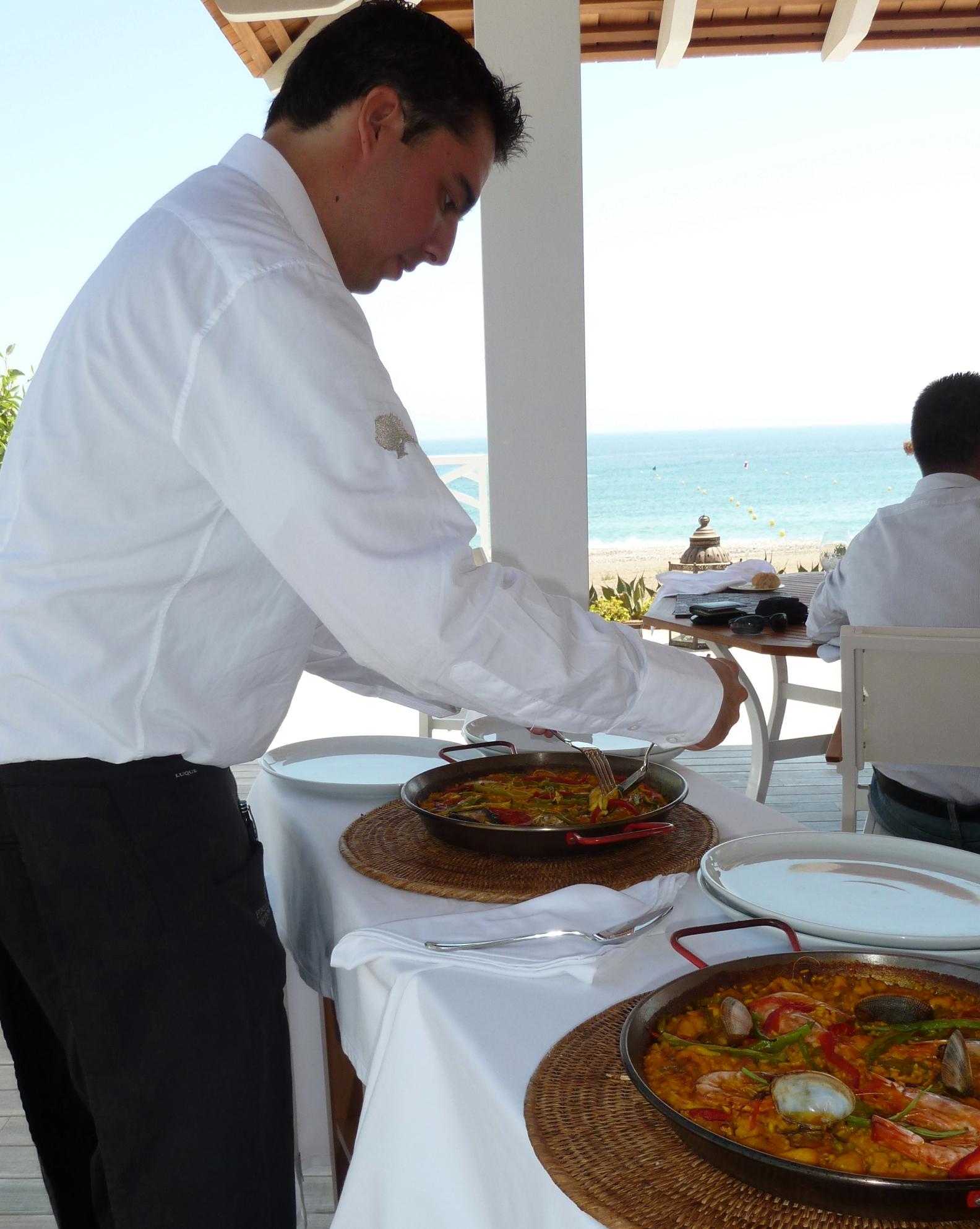 Paella_Beach_Club_Finca_Cortesin_Bahia_Casares_copyright_www.andrewforbes.com