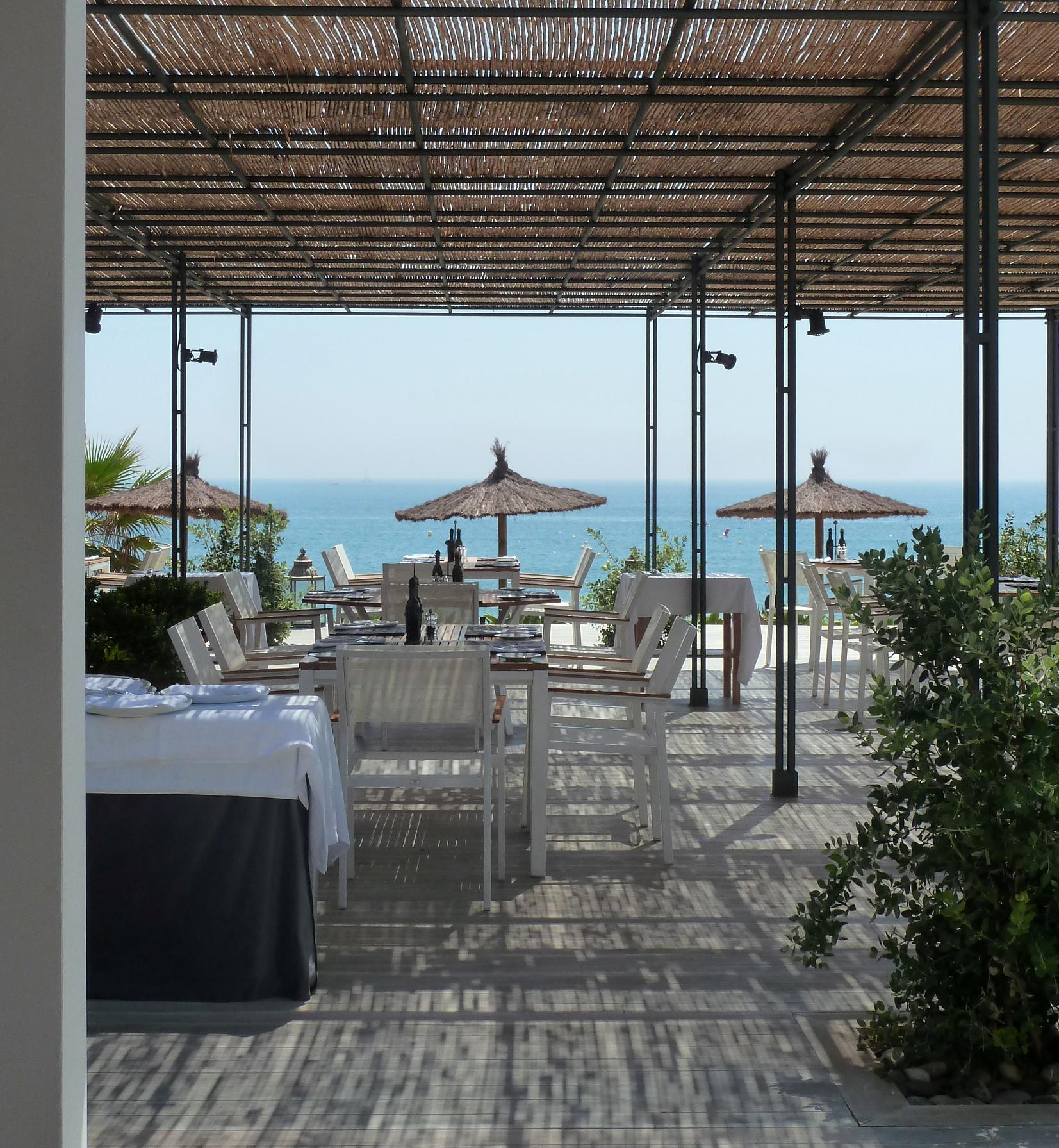 Terrace_Beach_Club_Finca_Cortesin_Bahia_Casares_copyright_www.andrewforbes.com