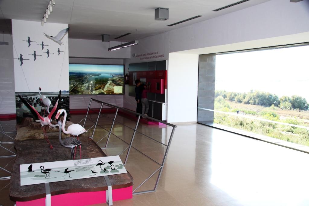 Laguna_de_fuente_de_piedra_flamingo_lake_andalucia_visitor_centre