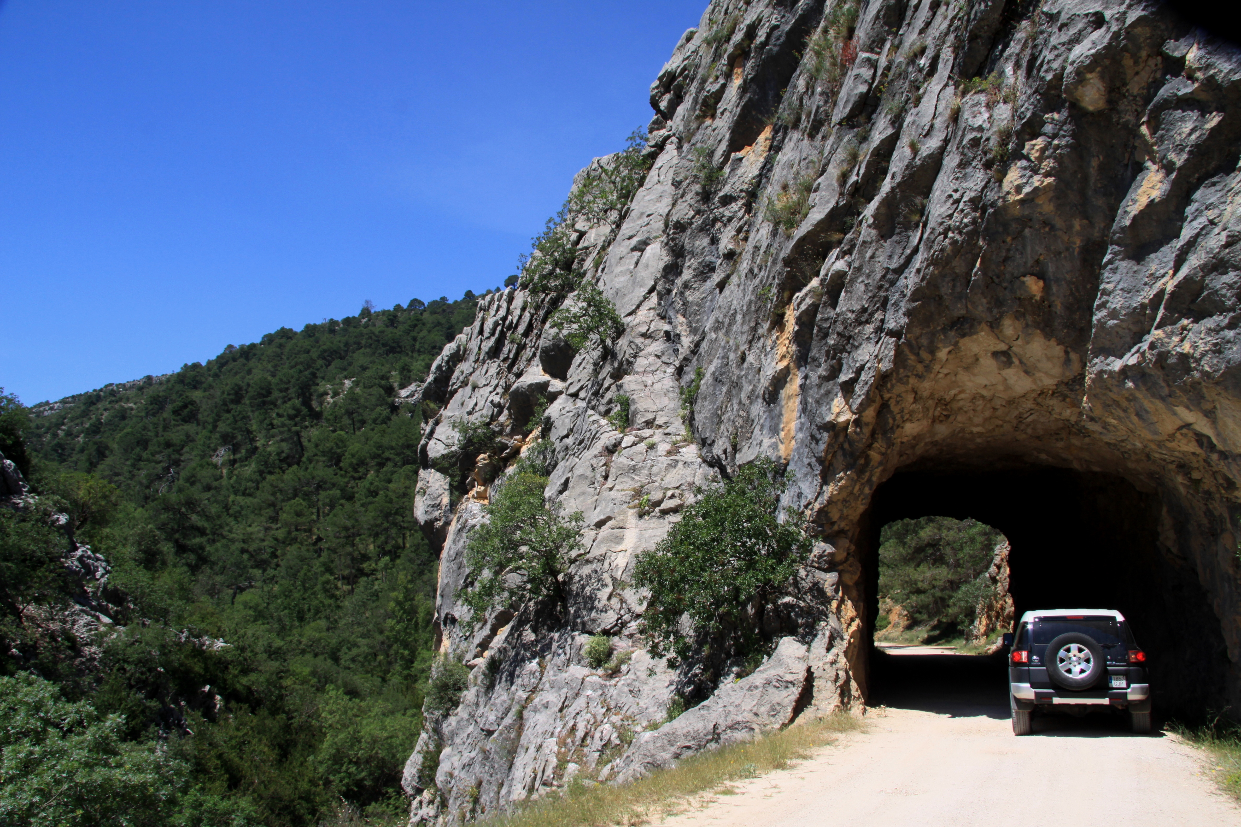Tunnel_Cazorla_Natural_Park_www.andrewforbes.com