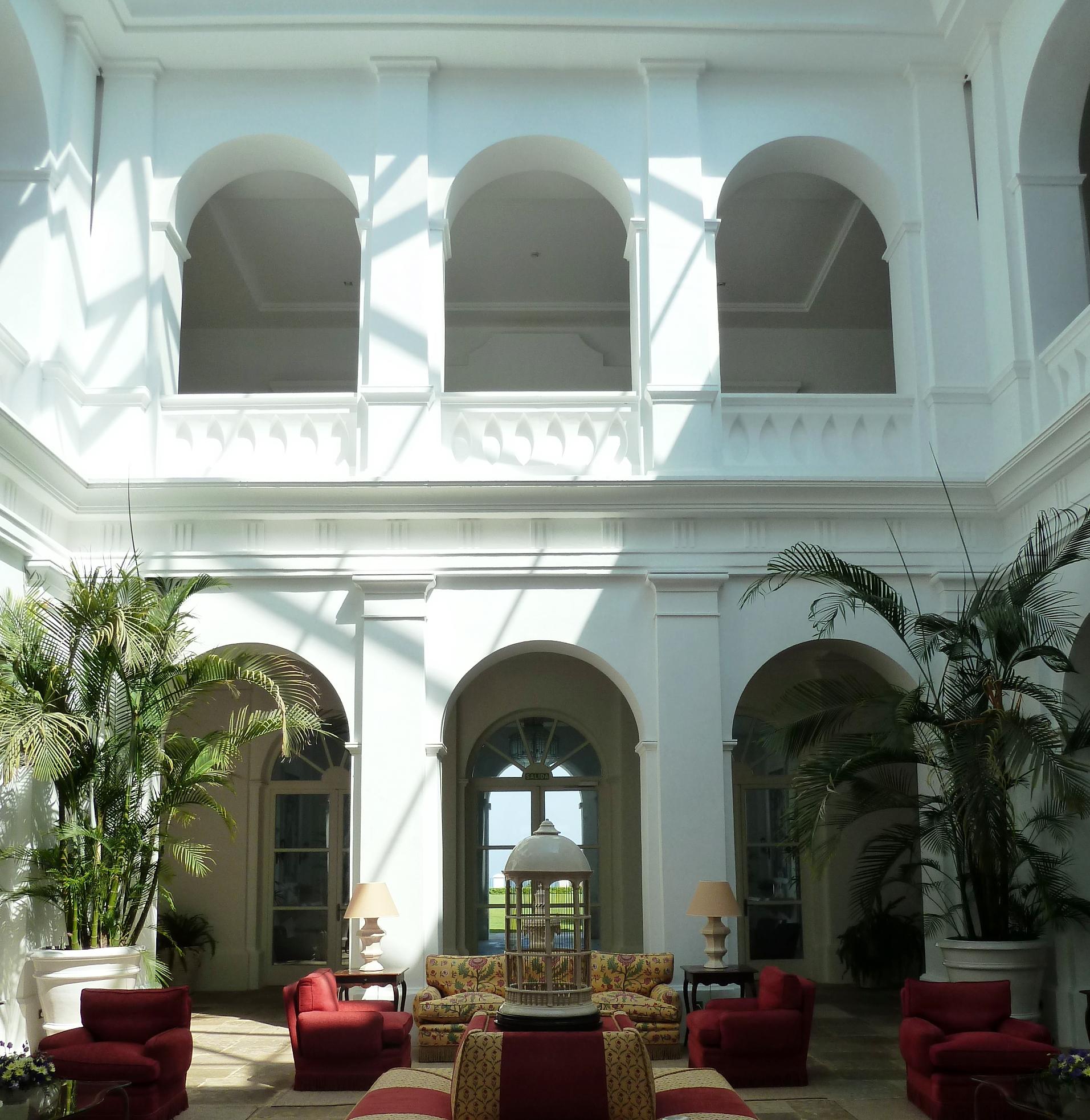 Patio_Hotel_Finca_Cortesin_Casares_copyright_www.andrewforbes.com