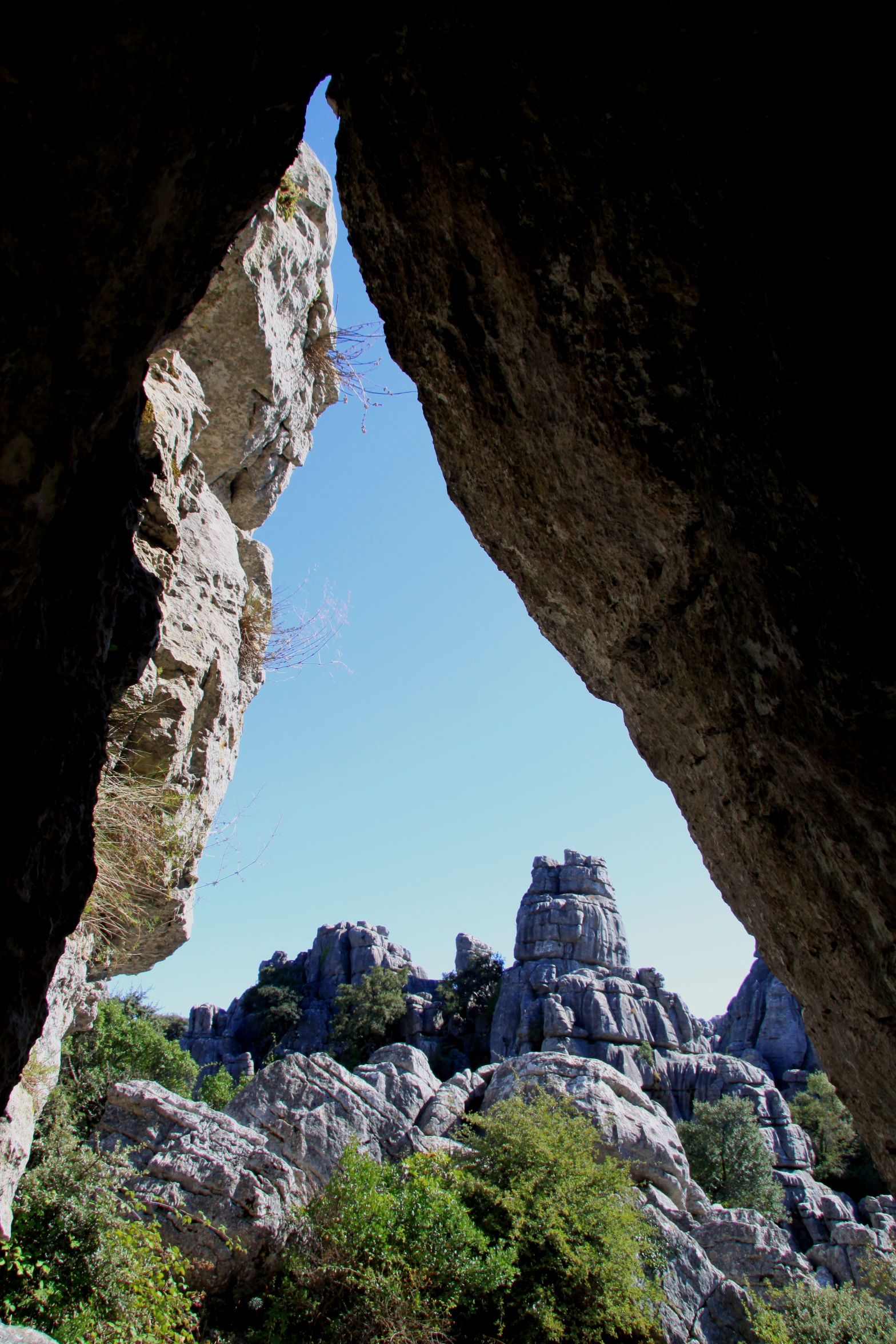 El_Torcal_Antequera_andalucia_andrew_forbes_caves