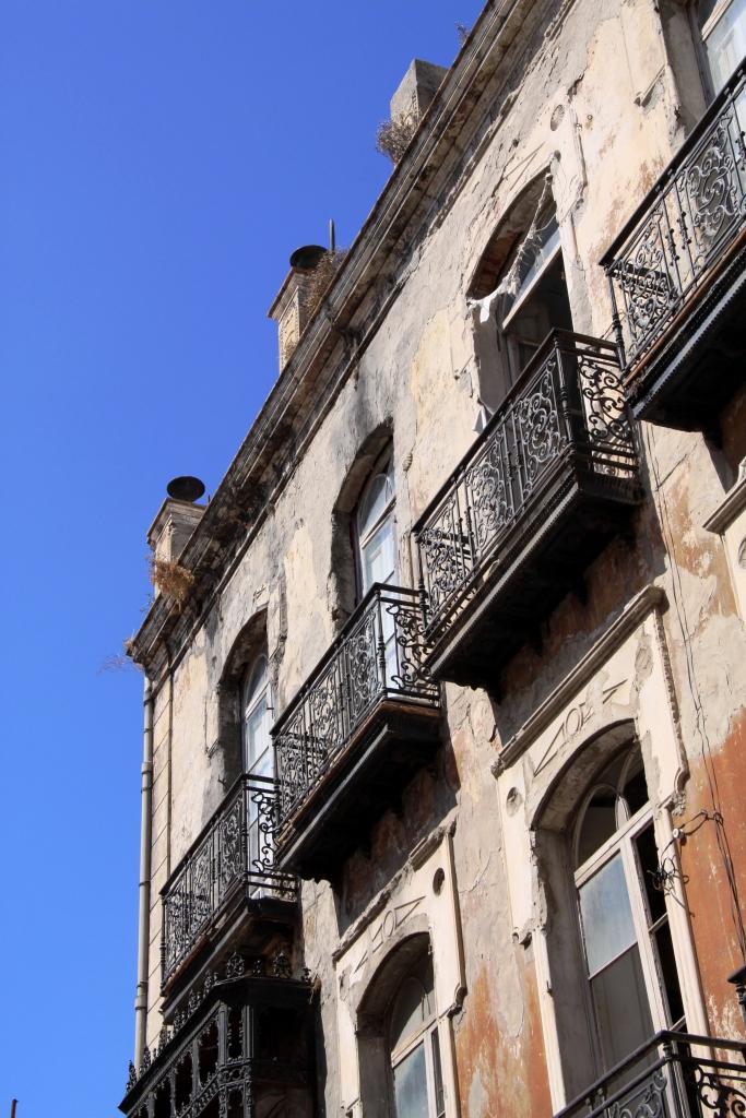 Algeciras_andalucia_derelict_house