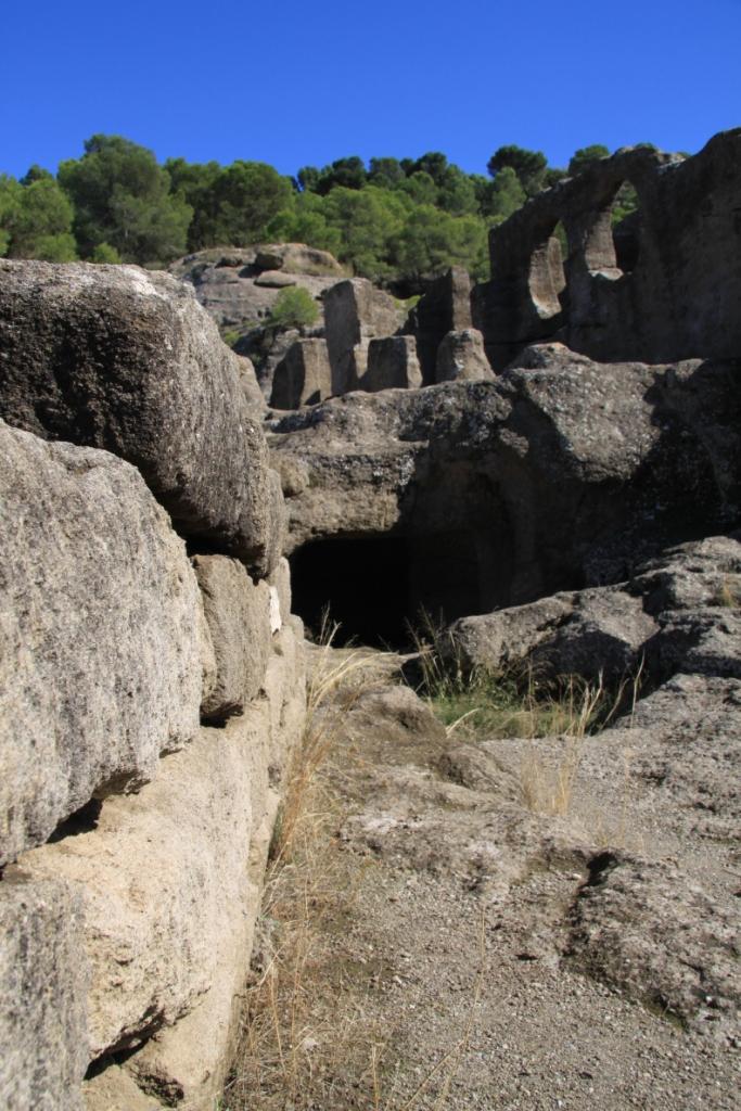 Ruinas_Bobastro_la_ciudad_de_omar_Ibn_Hafsun_andrew_forbes