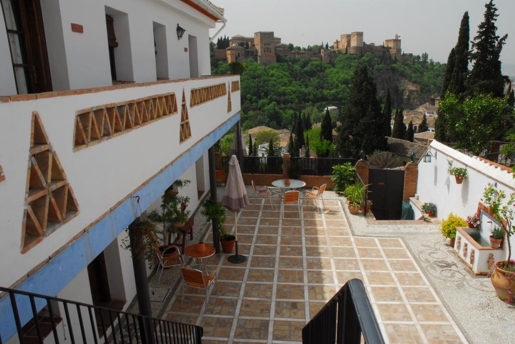 MontesClaros Apartments Sacramonte