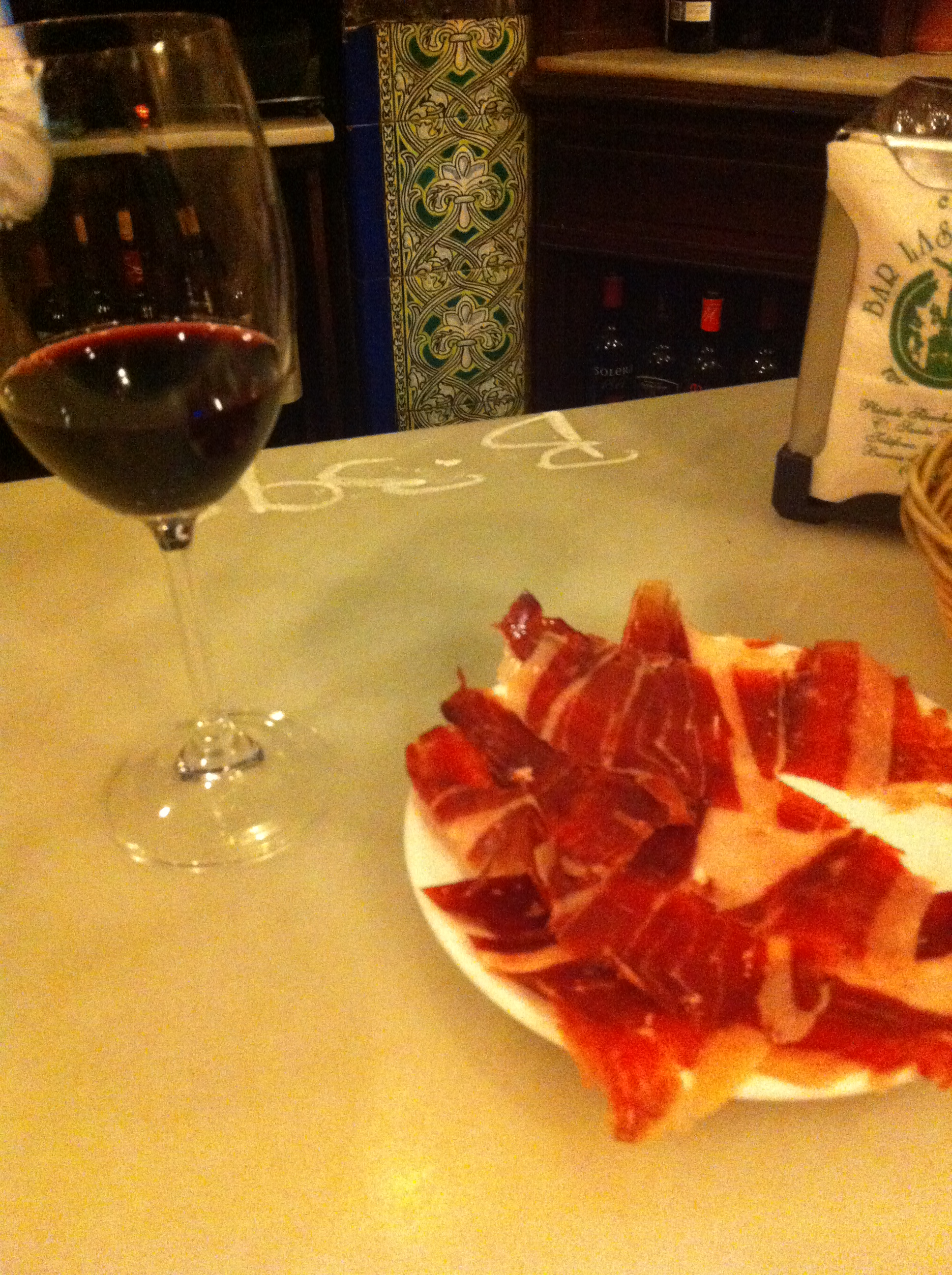 Rioja and cured Ham in Bar Teresas Seville