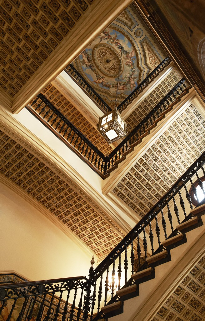 HOTEL ALFONSO XIII STAIRCASE, SEVILLE, ANDALUCIA STARWOOD LUXURY COLLECTION