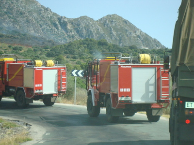 Luxury_andalucia_fire_engines_in__3
