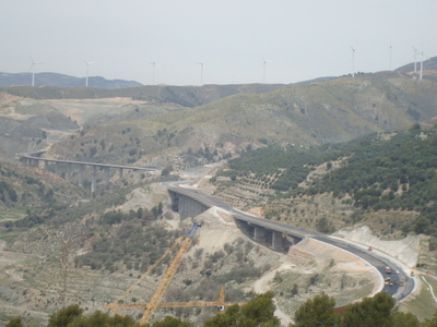 New_highway_to_granada_from_coast