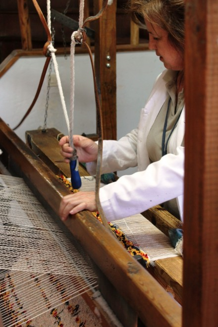 taller artisanal de jarapas de Hilacar Bubio Alpujarras